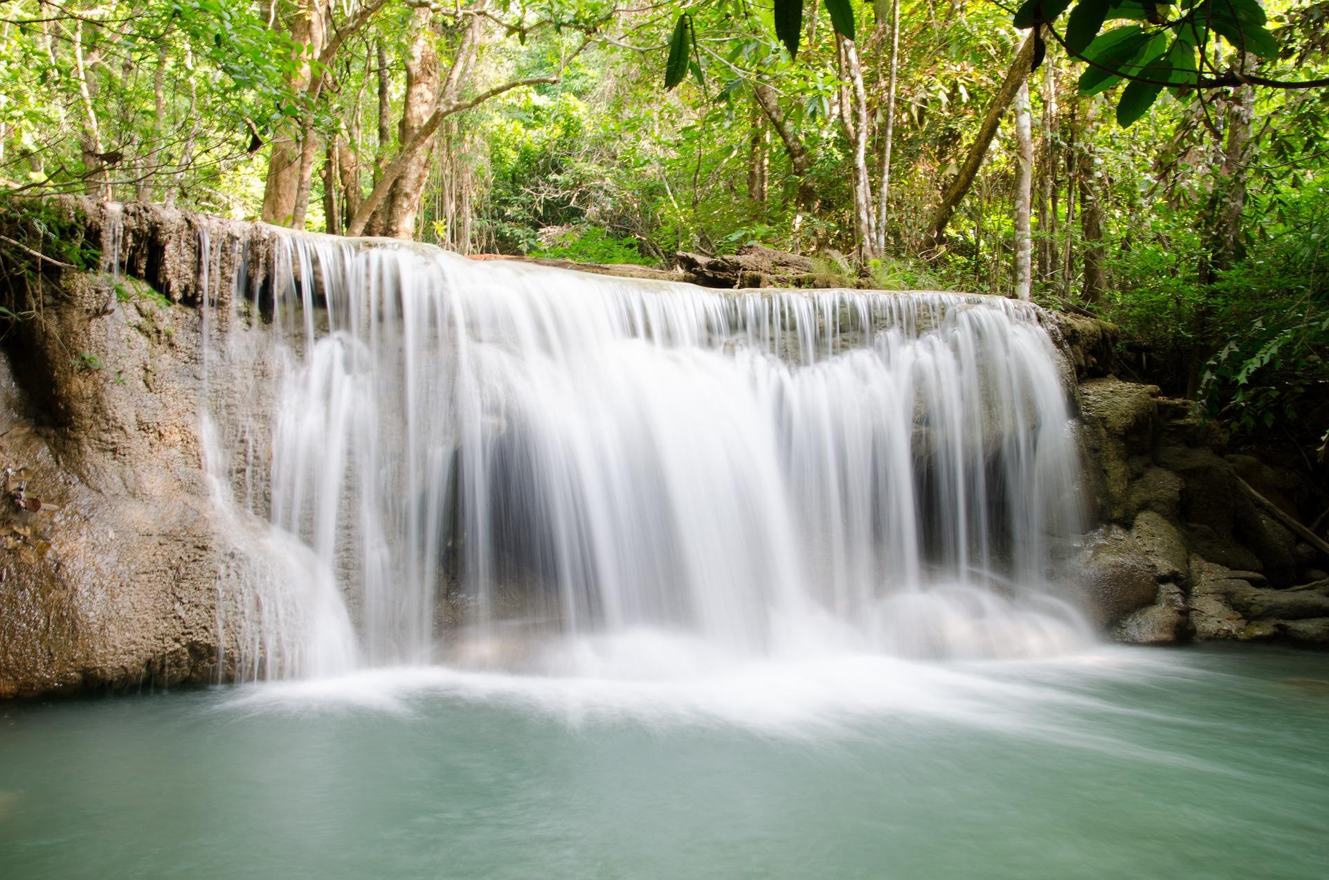 chutes_d_eau_mae_khamin_thailande