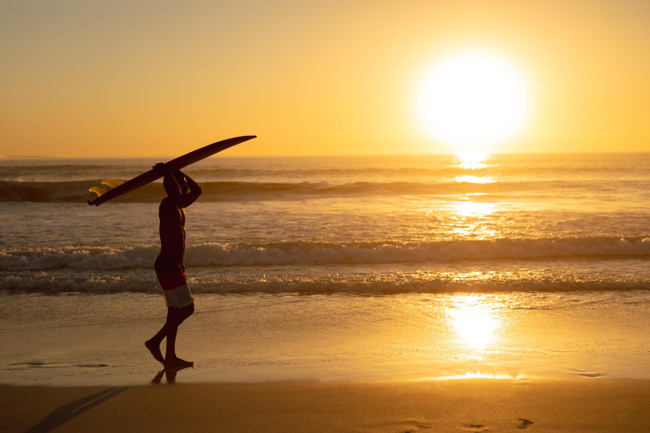 itinéraire_de_voyage_surfer_cape_town_sunset_afrique_du_sud
