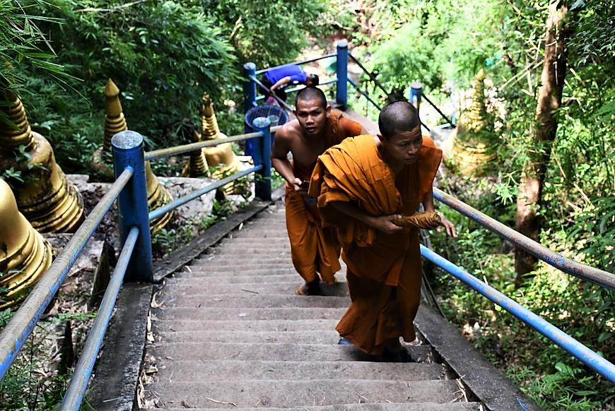 culture_thailandaise_au_temple_de_la_grotte_du_tigre