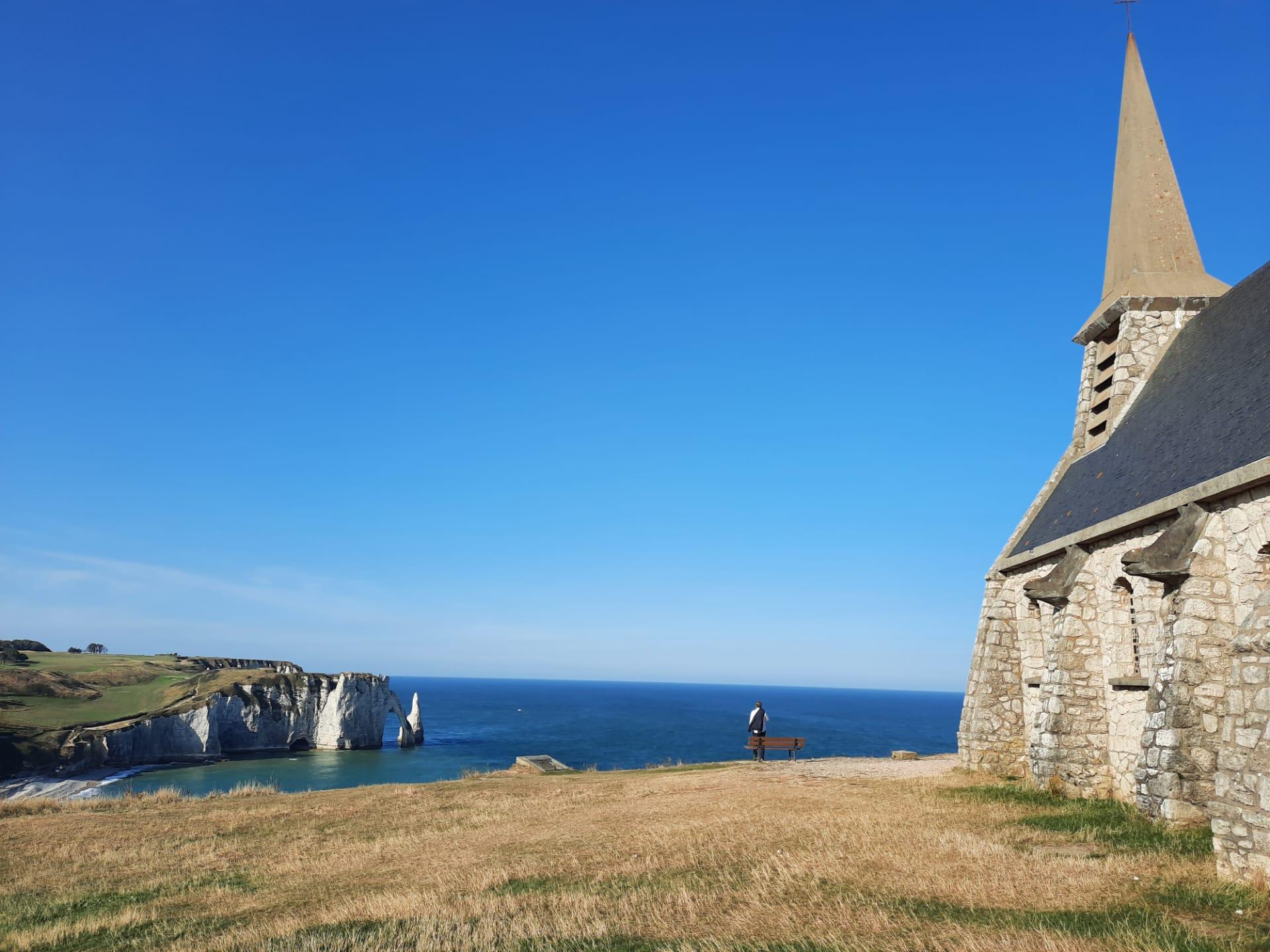 chapelle-falaise-etretat